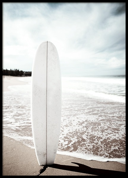 Surfboard on the Beach Poster in the group Prints / Nature / Tropical at Desenio AB (10675)