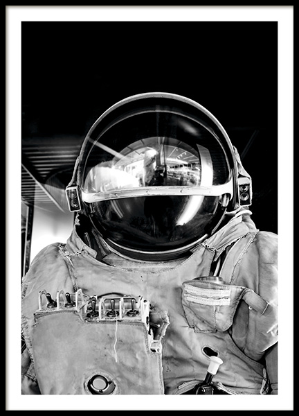 Black and White Astronaut Poster in the group Prints / Black & white at Desenio AB (11166)